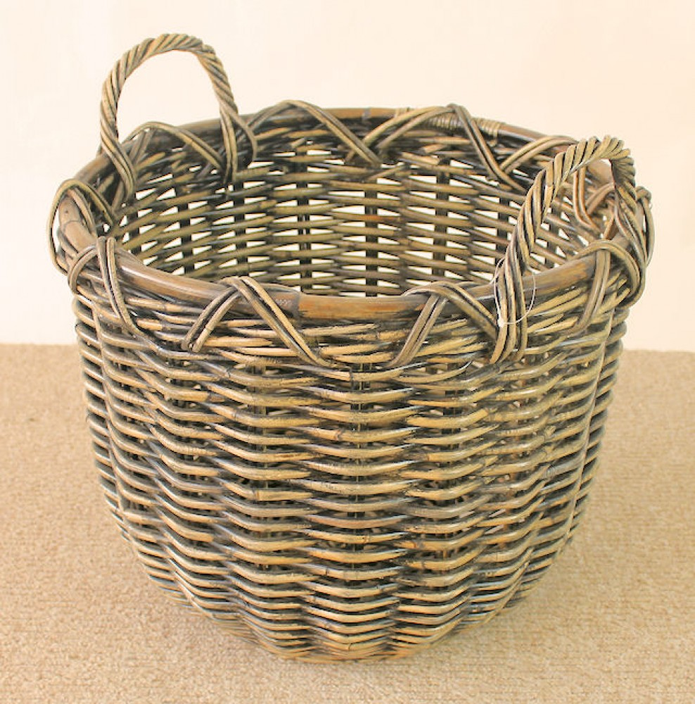 Rattan Kaminkorb / Holzkorb Fb. brown wash